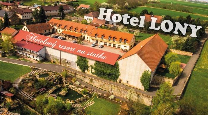 Hotel LONY firemní akce